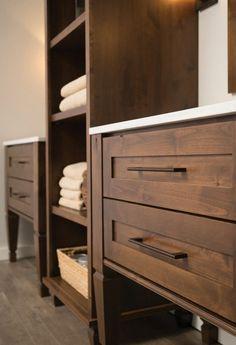 Knotty Alder Kitchen Cabinets | Gilmans
