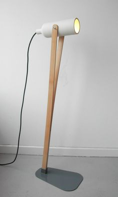 jump-lamp-by-claude-saos-1