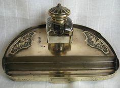 Online veilinghuis Catawiki: Geel koperen inktstel - begin 20ste eeuw