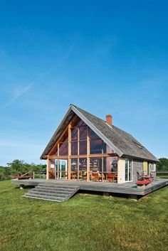 jens risom block island modern prefab vacation home a frame exterior wood deck A Frame Cabin, A Frame House, Cabin Homes, Log Homes, Prefab Modular Homes, Prefabricated Houses, Modular Cabins, Small Modular Homes, Modern Log Cabins