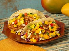 OMG I must try this! Baja Mango Fish Tacos,  at just 9 Weight Watchers Points for a meal, not bad, but can tweek it for better!