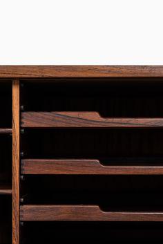 Niels O. Møller sideboard model 20 in rosewood at Studio Schalling