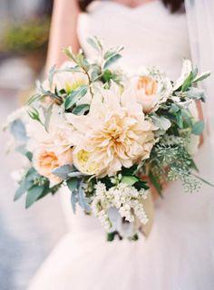 Garden bouquet: http://www.stylemepretty.com/2015/05/20/romantic-elegant-new-york-garden-wedding/ | Photography: Jen Huang - http://jenhuangphoto.com/