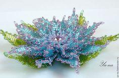 Купить или заказать Заколка из бисера 'Цветок' в интернет-магазине на Ярмарке Мастеров. Пышный объемный цветок из бисера, в романтичных тонах, очень красиво смотрится в волосах. Такое украшение для волос создаст вам образ романтичный и нежный. Как летний аксессуар, выгодно вас преобразит и выделит из общей массы. Розово-голубой цветок представлен для примера цветовой гаммы, он продан. Сделаю под заказ в любой цветовой гамме. Здесь представлена средняя цена, зависит от используемых мат...