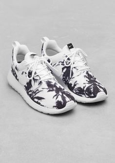Cheap Discount Fashion Womens Nike Running Shoes Outlet wholesale online sale only $61,Repin It and Get it immediately! Lowest price is not long time.