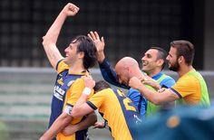 To mål af Luca Toni i Veronas sejr mod Sassuolo!