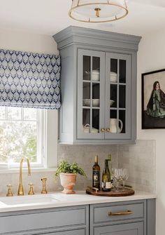 Kitchen Cabinet Ideas - White, blue and gold kitchen design Blue Kitchen Cabinets, Glass Front Cabinets, Gray Cabinets, Kitchen Knobs, Brass Kitchen, Kitchen Decor, Kitchen Hardware, Kitchen Sink, Hickory Kitchen