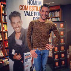"""#Cláudio Ramos lança novo #livro: """"... Feito! Obrigado a todos"""""""