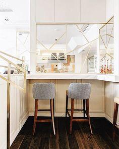 El proyecto de @virginiasanchez_interiorismo para el Restaurante Piñera me parece  así que no os lo perdáis hoy en Ebom y me decís qué os parece! Link in bio... @lupeclemente #ebomworld #interiorsdesign #beautifulplaces