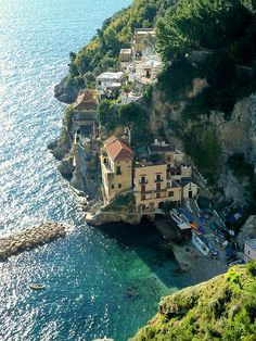 nice Town of Amalfi Check more at http://www.discounthotel-worldwide.com/travel/town-of-amalfi-12/