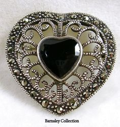 Vintage Sterling Silver and Marcasite Filigree Heart Pin Brooch with Onyx Marcasite Jewelry, Fool Gold, Art Nouveau Jewelry, Filigree, Costume Jewelry, Different Colors, Jewelry Design, Victorian, Brooch
