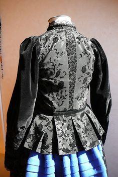 Anilegra moda para muñecas: Traje de gallega de mi muñeca Petete Period Costumes, Folk Costume, Dressing, Spain, Magic, Women, Travel, Fashion, Traditional Clothes