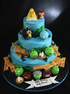 Angry Birds  Cake by Butterfly