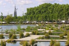 la Jardin botanique de Bastide, – designed by Catherine Mosbach of Mosbach Paysagistes. Landscape And Urbanism, Urban Landscape, Landscape Design, Art Floral, Urban Agriculture, Pressed Flower Art, Parcs, City Art, Land Art