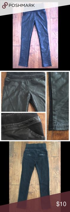 """High-rise Vegan Leather Jeggings High waisted Vegan Leather Jeggings • Faded Black wash denim Jeggings with Faux leather front panels • Thick high waist elastic band • Two front pockets • Two faux pleather lined back pockets (aesthetic, not real) • Super thick and warm material, perfect for comfortable winter leggings to wear with boots • Measurements: 27"""" waist, 36"""" hips, 12.5 inch rise (up to waistband), 27.5 inch inseam • Attempted mend on flaw on waistband (last pic) Pants Leggings"""