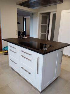 Modern konyha szigettel | NOR-KISZ Kft. Decor, Kitchen Island, White Kitchen, Home, Kitchen, White Modern Kitchen, White
