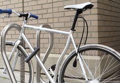 Brilliant idea that you can put your lock inside the bike frame!  © Interlock™ 2012