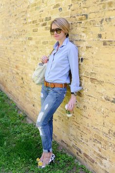 follow the one and only Mrs.Beth Parkers new blog :) Love it!!    seersuckerandsaddles.blogspot.com
