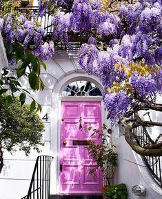 Cool Doors, Unique Doors, Entrance Doors, Doorway, Door Entryway, Entrance Ideas, House Entrance, Beautiful Homes, Beautiful Places