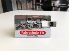Jetzt NEU im FR-SHOP:  FFR USB-Stick mit 16GB. 👍🔝 ...einfach mal reinschauen unter www.F-FR.de  #prüfungsbesteher #werne #bergkamen #südkirchen #capelle #herbern #lünen #fahrschulefr#fahrschule #führerschein #autoführerschein#abaufdiestraße #läuftbeidir Usb Stick, Organizer, Usb Flash Drive, Driving Training School, Cards, Simple, Usb Drive