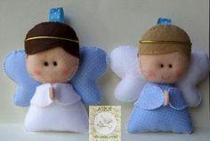 Anjos em Feltro para lembrancinha Christmas Angel Decorations, Christmas Angels, Christmas Ornaments, Holiday Decor, Diy Angels, Baby Crafts, Fabric, Angeles, Felt Puppets
