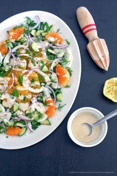 Winter salad + tahini dressing Ensalada de invierno con aliño de tahina