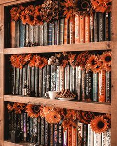 "everything-fall-autumn-halloween: """" 🍁 Endless Autumn Coziness 🍁 Autumn Aesthetic, Book Aesthetic, Herbst Bucket List, Fall Inspiration, Autumn Cozy, Diy Autumn, Autumn Crafts, Photo D Art, Fall Wallpaper"