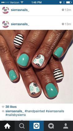Striped Nails, White Nails, Nail Manicure, Diy Nails, Sassy Nails, Diy Nail Designs, Fabulous Nails, Flower Nails, Creative Nails
