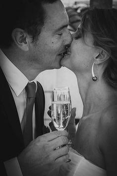 Baiser final S&S par #Nocely  Cd : #Gandimage #ceremonie #mariage #baiserfinal #weddingplanner