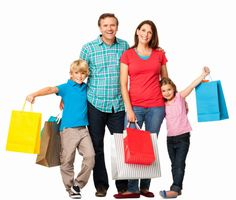 Imagen libre de derechos: Happy Family With Shopping Bags Isolated