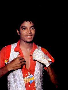 You give me butterflies inside Michael... ღ Victory ;) @carlamartinsmj
