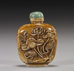 Old Chinese Carved Ivory Snuff Bottle