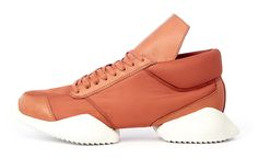 Rick Owens footwear upgrade for Adidas http://www.design42day.com/fashion/rick-owens-footwear-adidas/