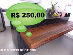 Bancada de madeira de demolição peroba rosa. Acabamento em verniz marítimo incolor a base d'água.  R$ 250,00 Reais o metro quadrado.