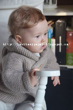 lanitasypapel: Haz una chaqueta de bebe con capucha facil con tutorial Crochet For Boys, Knitting For Kids, Baby Knitting, Crochet Baby, Knit Crochet, Crochet Jacket, Knit Jacket, Tricot Baby, Baby Coat