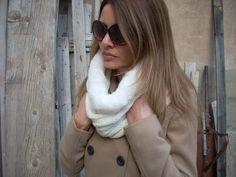 Scaldacollo+in+lana+panna+con+pelliccetta+di+MelinaECris+su+DaWanda.com
