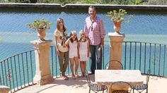 Foto: Los Reyes y sus hijas en una imagen de archivo (Gtres)