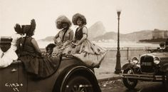 Carnival in Rio (1930). Photography by Augusto Malta.