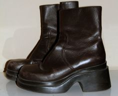 Vintage Chunky Leather Steve Madden Boots 7 by NativeLilacVintage