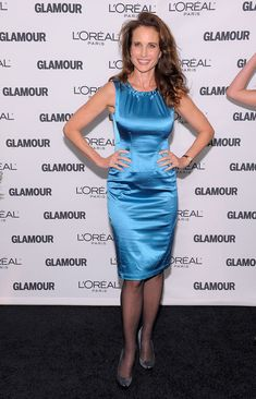 Andie MacDowell Photos Photos - Actress Andie MacDowell attends the Glamour Magazine 2009 Women of The Year Honors at Carnegie Hall on November 9, 2009 in New York City. - Glamour Magazine 2009 Women Of The Year Honors - Arrivals
