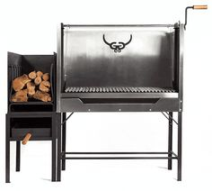 García is raising funds for Gaucho García: Argentine-style hardwood grills on Kickstarter! Modern design and craftsmanship meet old world tradition. A fully-adjustable hardwood grill with features you won't find anywhere else. Outdoor Oven, Outdoor Cooking, Barbecue Grill, Grilling, Argentine Grill, Fire Pit Grill, Four A Pizza, Grill Design, Gaucho
