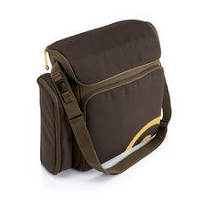Ce sac pratique, à usages multiples peut être fixé dans deux positions différentes sur chaque poussette CONCORD. Il dispose de poches de rangement spacieuses, d'une poche spéciale pour les biberons et d'un matelas à langer intégré.