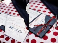 Pocket Fold Wedding Invitations | VIA #WEDDINGPINS.NET
