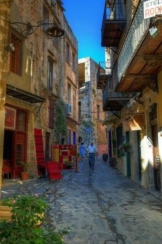 Street in the old town of Chania, Greece. Chania is the second largest city of Crete. It lies along the north coast of the island, about 43 miles west of Rethymno and 90 miles west of Heraklion. (V)