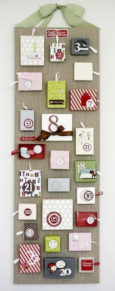 http://www.twopeasinabucket.com/gallery/member/176988-cleosmum/1589972-seasonal-layouts-countdown-christams/