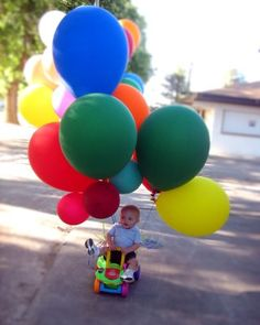 Balloon Party ...this site has amazing party ideas