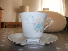 Vintage LiLing Fine China teacup and saucer set by mish73 on Etsy, $3.95