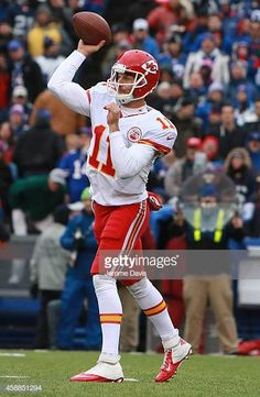 c684ad885 Alex Smith of the Kansas City Chiefs passes against the Buffalo Bills  during the first half