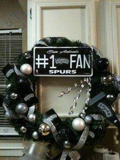 1000 images about spurs decorations on pinterest san for Spurs decorations
